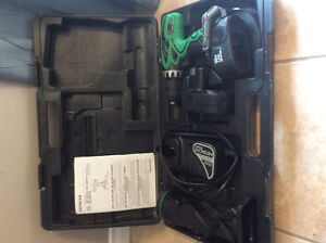 Hitachi power drill 18V