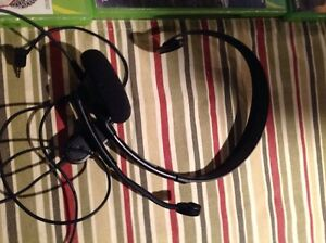 Xbox 360 - Call of Duty (GHOST) and headset Belleville Belleville Area image 2