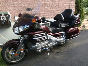 2007- Goldwing  1800- 61,000 KM-