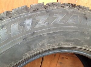 225/65/16 Bridgestone Blizzak winter tires (Set of 4) London Ontario image 6