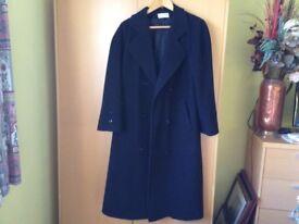 Lovely Ladies Black full length 80% wool coat (14)
