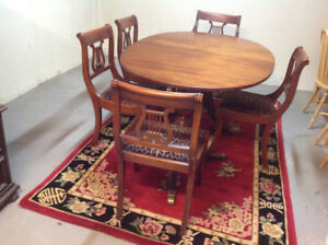 BEAUTIFUL ORIGINAL/ANTIQUE DINING SET WITH 6 CHAIRS