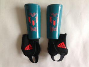 Adidas kids soccer shin pads