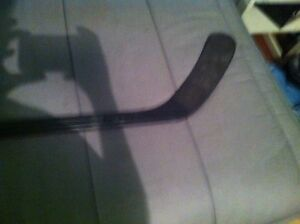 Selling my alexander ovechkin carbon fiber ice hockey stick