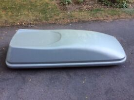 Halfords 470L Grey Roof Box
