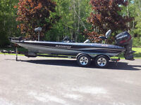 STRATOS BASS BOAT FOR SALE