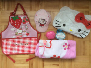 Divers Hello Kitty items pour petite fille