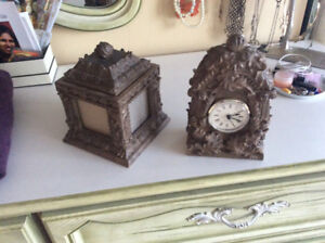 Giftware. Clock and matching picture frame box