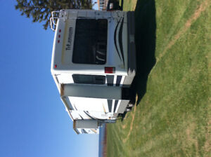 39 ft 2008 Glendale Titanium 5th wheel