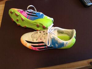 Soulier Soccer Enfant  Adidas Messi grandeur 1