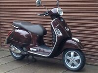 Piaggio Vespa GTS 125 Only 1991 miles. Delivery Available.
