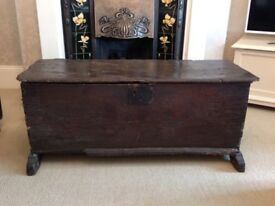 STUNNING ANTIQUE OAK COFFER C1680 £275