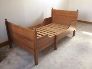 Ikea Childrens Extendable Bed Includes Mattresses