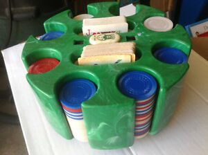 VINTAGE GREEN MARBLE BAKELITE POKER CHIP HOLDER CAROUSEL