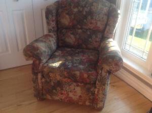 Armchair Delivers Comfort & Beauty