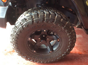 Tires for sale 35 x 12.50 R 17LT