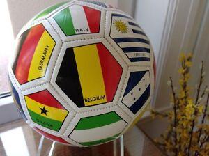 FIFA COUPE MONDIAL 2014 - BALLON SOCCER - SOUVENIR