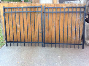 Double  Gate by AmeristarFence MONTAGE series+3 Fence Panels