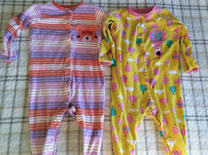 6 pairs of Girls 24m pjs; brand new condition