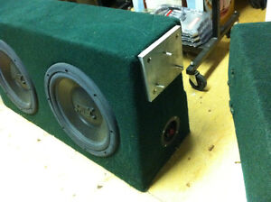 """Jeep YJ highly customized stereo system 2x 12"""" + 2x 8"""" subwoofer Windsor Region Ontario image 4"""