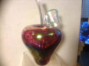 Vintage Signed Art Glass Apple By Jan Benda