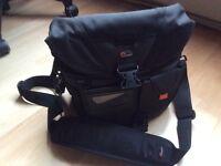 Lowepro Stealth Reporter D100 AW Shoulder Bag