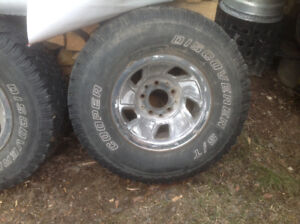 10.5-15 inch Ford f150 five bolt chrome rims and tires set of 5