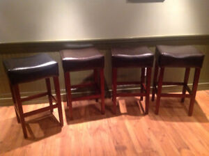 Bar stools- comfy leather seat!