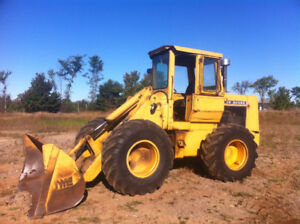 John Deere 444 wheel loader