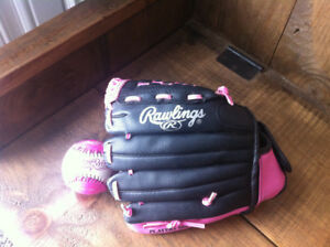 Rawlings 11 inch ball glove with ball