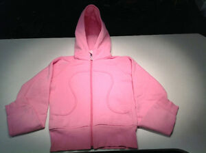 Lululemon Woman's Hoodie (small) new condition PINK