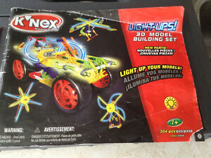 K'NEX LIGHT UPS 30 MODELS BUILDING SET/LIGHT UP YOUR MODELS Gatineau Ottawa / Gatineau Area image 2