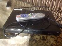Bell HDTV Receiver (6131) comes with remote and Sony Recevier.