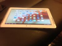 Samsung galaxy tablet 3 10.1 new condition white