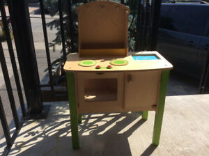 Plywood kitchen for kids