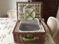 Luxury Picnic Basket For Two With Zipped Cool Bag Section Brand New