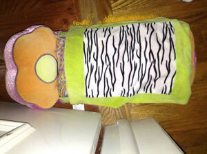 Groovy girls bed for sale London Ontario image 1