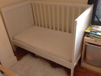 White ikea SUNDVIK cotbed with mattress VGC