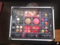 New vanity case ( make up)
