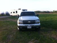 2006 Chevrolet 4 door pick up truck