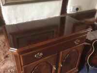 Immaculate dining room inlaid cabinet and serving table