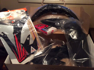 CRF 450 Plastics Kit New In Box With Seat Cover