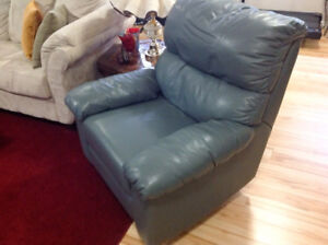Beautiful ELRAN light gray leather recliner chair