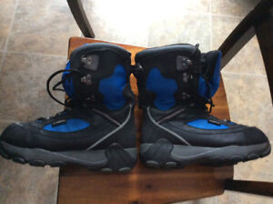 Yamaha Snowmobile Boots and Gloves
