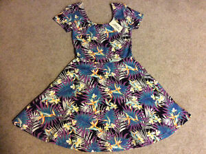 Lot of 3 Dresses (Size S / M)