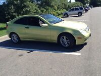 2002 Mercedes-Benz C-Class Sports coupe Coupe (2 door)