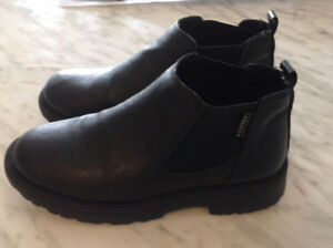 Super Elegant Black Leather Shoes Size 2.   For boys