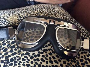 Paire de googles  lunettes