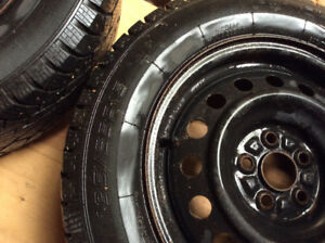 195 65/r15 studded winter tires on rims for Toyota Prius 2010