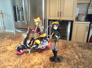 Scooter Monster high